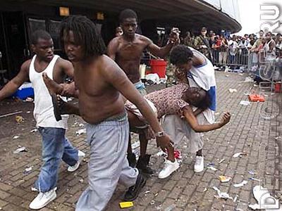 Новый Орлеан. США. Жертвы урагана КАТРИНА