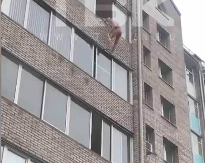 Naked junkie fell out of the 6th floor window