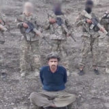 ISIS terrorists execute soldiers